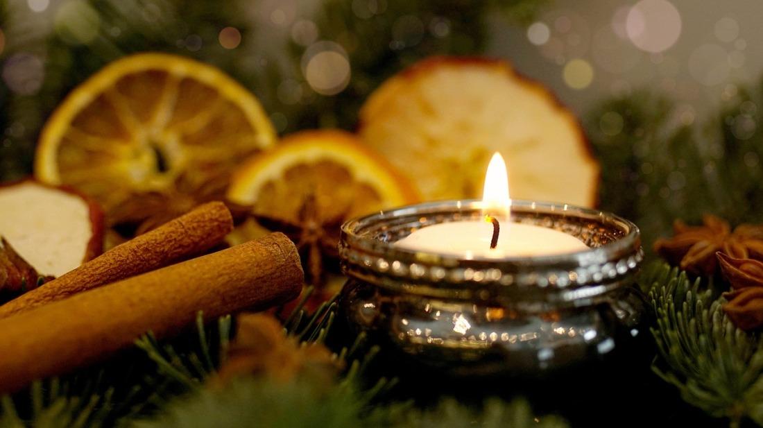 christmas-2984210_1280.jpg